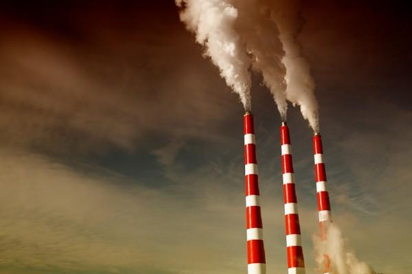 Jednou ze složek kompozitu je plast PPC, který se vyrábí z oxidu uhličitého separovaného z emisí. Výhodou je nejen ekologický aspekt jeho výroby, ale také prakticky nevyčerpatelnost zdroje.