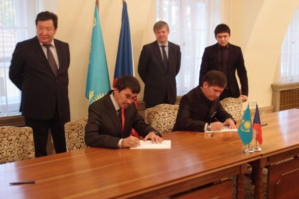 Kazachstán-ČR podpis