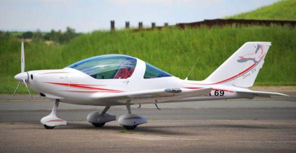 TL-2000 Sting S4 představuje novou generaci letounů typu TL 2000 Sting. Zdroj: TL Ultralight