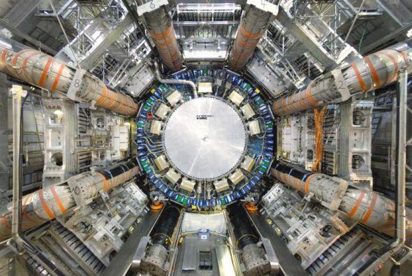 ATLAS patří dalšímu z experimentů hadronového urychlovače. Zdroj: CERN