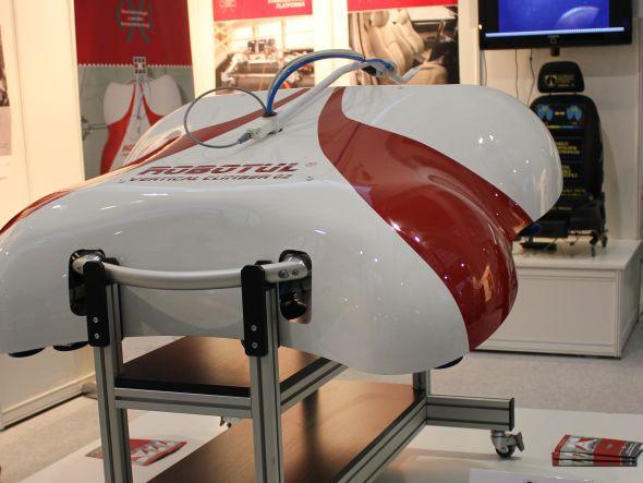 Servisního robota prezentovali studenti TUL například na Mezinárodním strojírenském veletrhu. Foto: Markéta Gojná