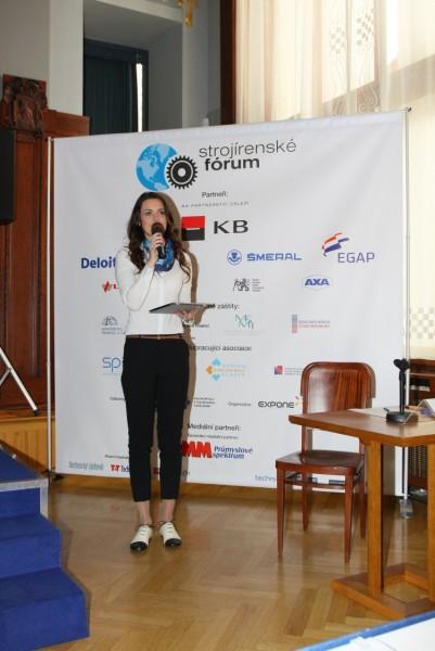 Daniela Písařovicová, moderátorka prvního a závěrečného bloku. Foto: Exponet
