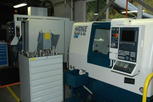 SOU Domažlice bylo vybaveno špičkovými obráběcími stroji. Foto: SOU Domažlice