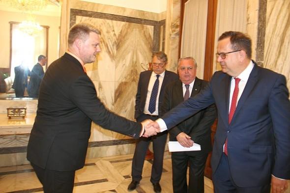 Lukáši Vymětalovi popřál ministr průmyslu a obchodu Jan Mládek. Foto: MPO