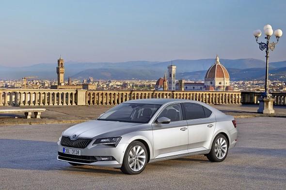 Škoda v prvním čtvrtletí 2016 plynule navázala na loňské úspěchy. Jedním z růstových faktorů je nová vlajková loď Škoda Superb. Foto: Škoda Auto
