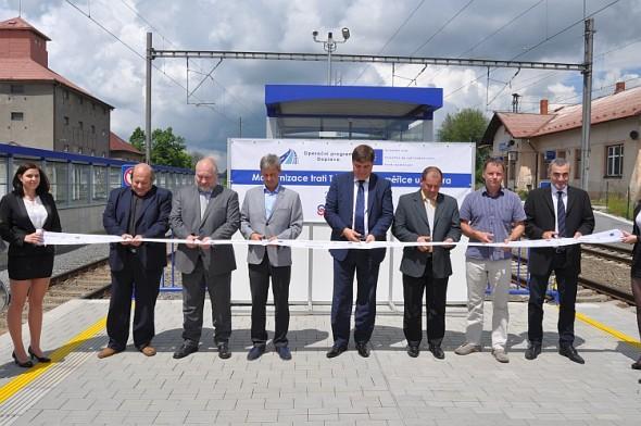 Slavnostní otevření trati mezi Táborem a Sudoměřicemi u Tábora. Foto: SŽDC