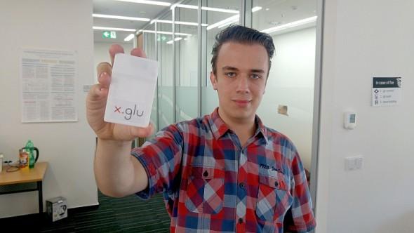 Marek Novák se zařízením X.GLU. Foto: ČVUT