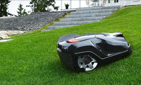 Největší boom zaznaménavají robotické sekačky. Zdroj: husqvarna.com